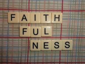 small faithfulness